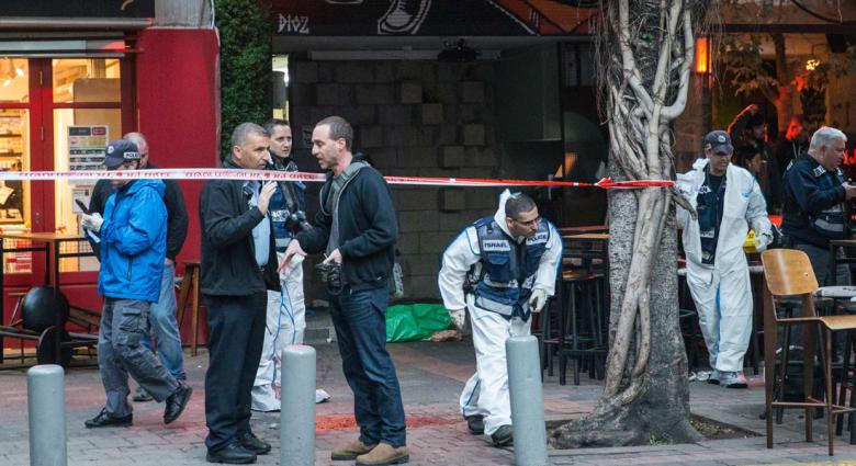 """كاميرات مراقبة تكشف منفذ """"هجوم تل أبيب"""" وأسرته تتعرف عليه: إسرائيلي - عربي """"مضطرب نفسياً"""""""