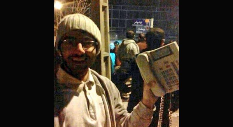 """بعد ظهور صور لسرقة هاتف من السفارة السعودية بإيران.. حملة على تويتر تطالب: """"رجع تلفوننا يا خامنئي"""""""