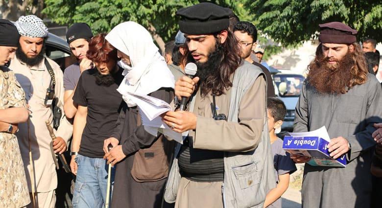 بعد تقارير عن إعدام عنصر بداعش لأمه.. محلل بشؤون مكافحة الإرهاب لـCNN: لم أر شيئا كهذا من قبل