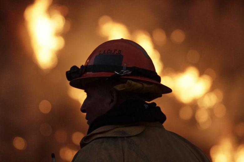 مصرع سبعة أشخاص إثر حريق بملهى ليلي في العاصمة الجزائرية