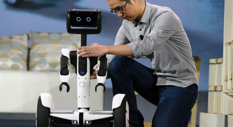 """احذروا روبوتات المستقبل """"الذكية"""" التي قد تستبدل وظائفكم الحالية!"""