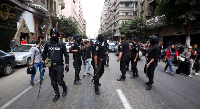 بيان بذكرى 25 يناير وقعته شخصيات منها صباحي وباسم يوسف: الخوف الملازم للسلطة لن ينجح بقمع المتظاهرين