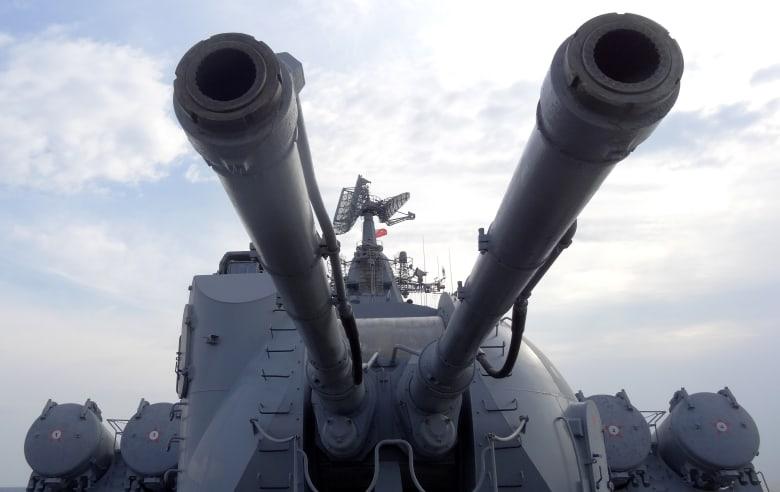 """وسط استعراض عالمي للعضلات.. روسيا تختبئ وراء نظام """"دفاع فائق العصرية"""" لحمايتها من الصواريخ"""