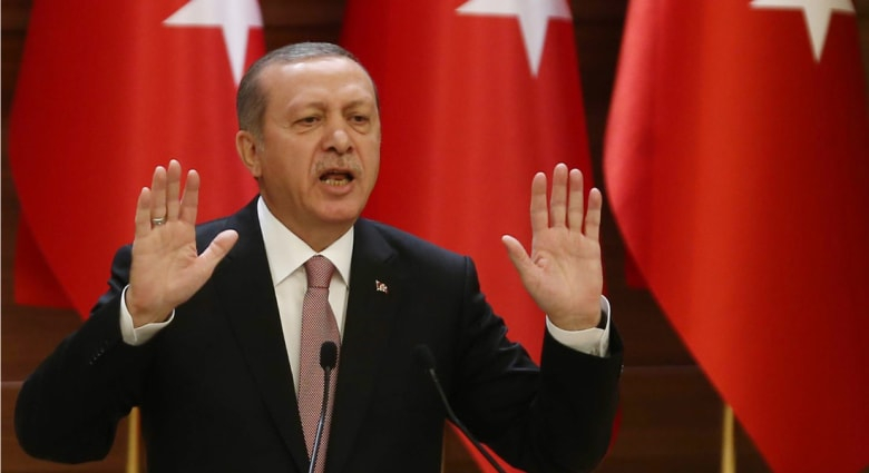 أردوغان يهاجم أمريكا بسبب موقفها من أكراد سوريا: هل أنتم معنا أم مع الإرهابيين؟
