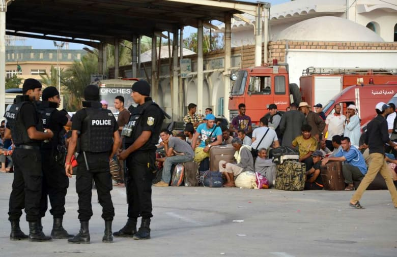 تونس تبدأ استعداداتها الجدية لتحمّل عواقب تدخل عسكري مُحتمل في ليبيا