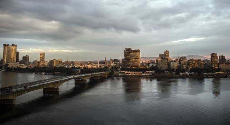 """عمرو حمزاوي يكتب عن """"الدولة"""" التي يتمناها لمصر والمجتمع الذي يتوق إليه"""