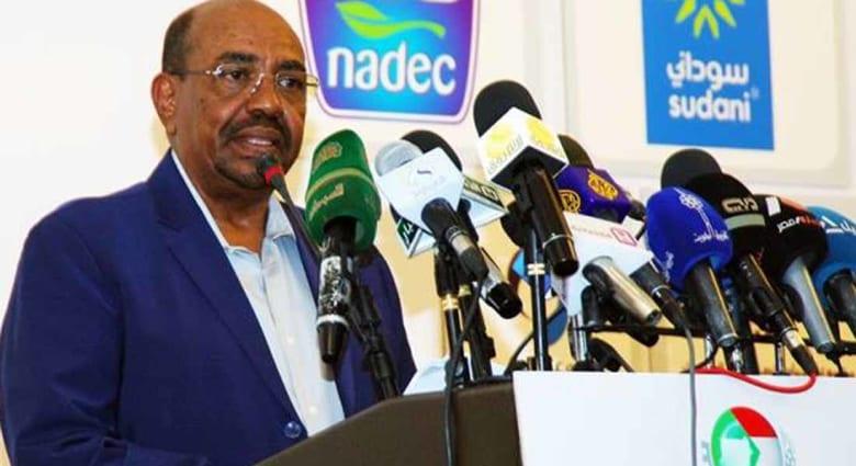 البشير يتعهد بحماية الاستثمارات السعودية في السودان.. ويؤكد متانة العلاقات مع الإمارات