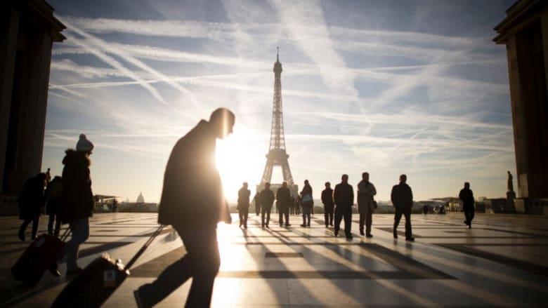 """قد تريد البحث عن وظيفة هناك.. فرنسا تبحث إعطاء العمال """"الحق في قطع الاتصال"""" عن البريد الإلكتروني والهواتف خارج المكتب"""