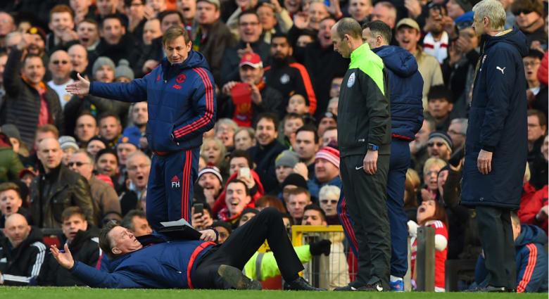 فان غال العجوز يستعيد شبابه بفوز مانشستر يونايتد على أرسنال