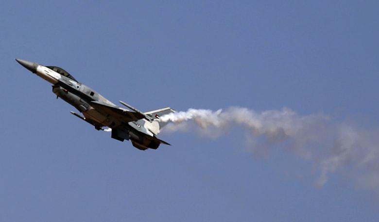 قيادة قوات التحالف العربي: مقتل طيارين إماراتيين تحطمت طائرتهما باليمن نتيجة عطل فني