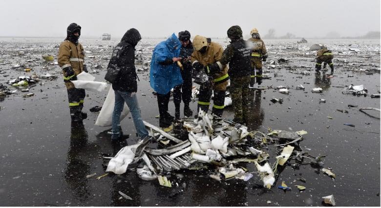 """روسيا: التحقيق في سقوط طائرة """"فلاي دبي"""" يستغرق شهرين على الأقل.. وفرق أمريكية وإماراتية تشارك"""