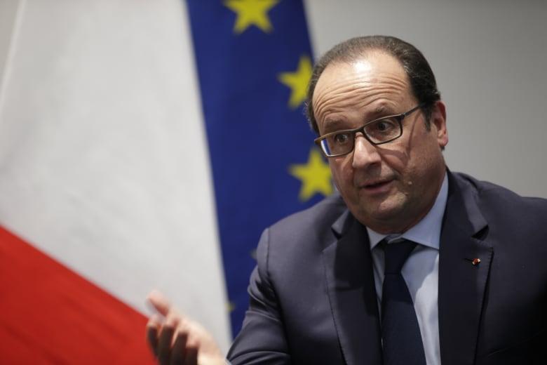 هولاند: هجمات بروكسل بعد باريس تُظهر استهداف أوروبا كلها.. والحرب ضد الإرهاب يجب متابعتها بدم بارد