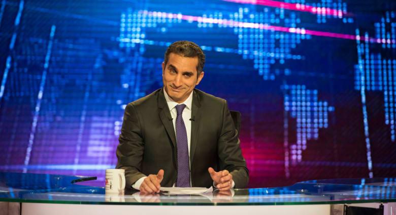 """باسم يوسف يسخر من خطاب السيسي: """"بلحة"""" إتكلم.. ويحذر من فتنة بين السعوديين والمصريين"""
