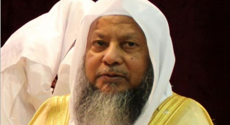 بالفيديو: آلاف السعوديين يشاركون في تشييع إمام المسجد النبوي.. والشقيري: وسم وفاته تصدر تويتر عالميا دون سب أو خلافات