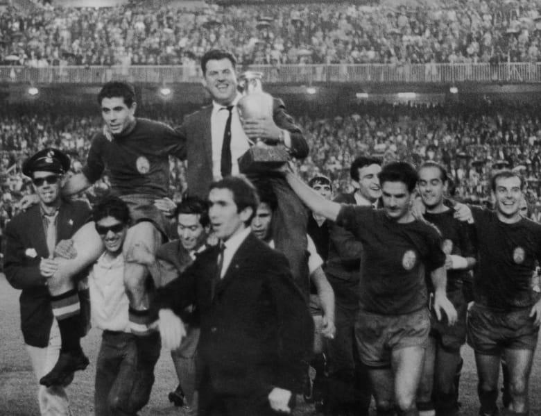 حكاية اليورو: نسخة 1964أبطالها مصارعو الثيران