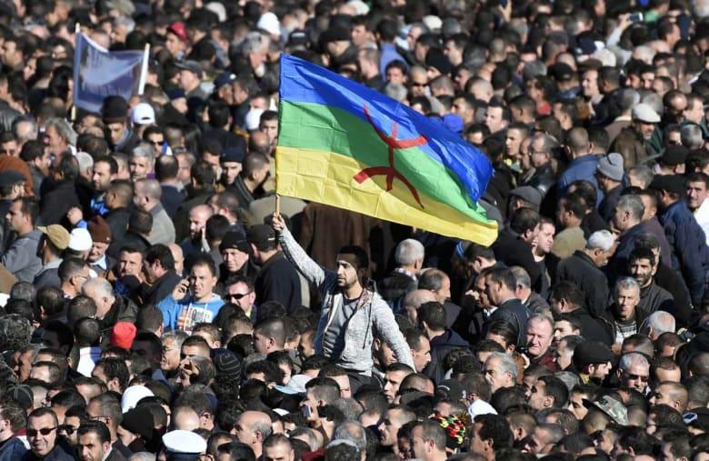 ذكرى الربيع الأمازيغي تُخرج آلاف الجزائريين للاحتجاج بمنطقة القبائل