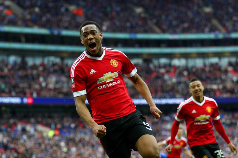 مانشستر يونايتد يصل نهائي كأس إنجلترا بفوز قاتل على إيفرتون
