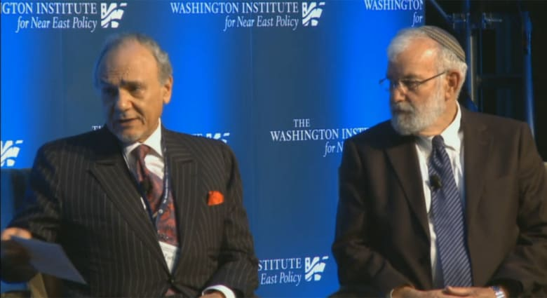 """""""أهمية أمريكا بالنسبة للسعودية وإسرائيل"""" أول محور بمناظرة بين الأمير تركي الفيصل والجنرال يعقوب عميدرور"""