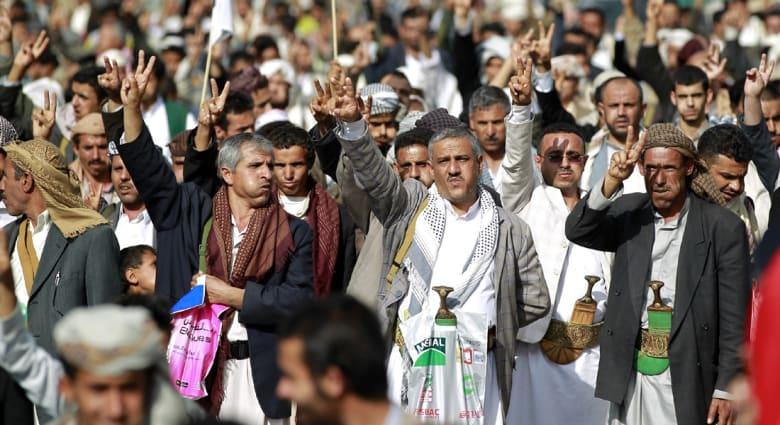 """خلفان يسخر من """"أنباء"""" ظهور المهدي المنتظر بوسائل تواصل اجتماعي تابعة للحوثيين.. ويبين: الإخوان عصابة ماسونية"""