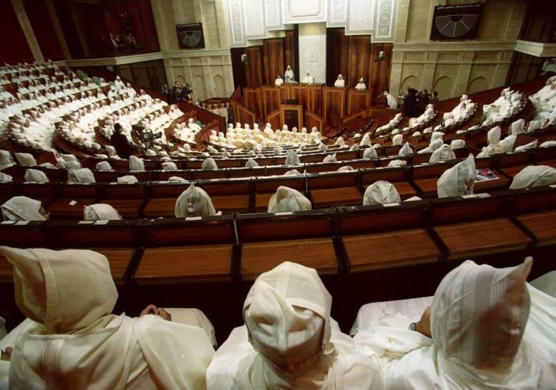 الأغلبية المغربية تمرّر مشروع قانون يتيح تشغيل الأطفال في المنازل