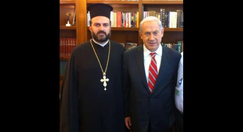 اتهام كاهن يجند المسيحيين الفلسطينيين لخدمة الجيش الإسرائيلي بالفساد والشذوذ الجنسي