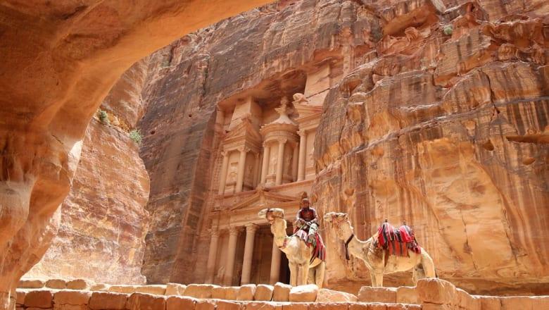 """الأردن يسعى إلى موسم سياحي نشط ببرنامج """"أكيد في الأردن"""" وبطولة العالم للناشئات"""