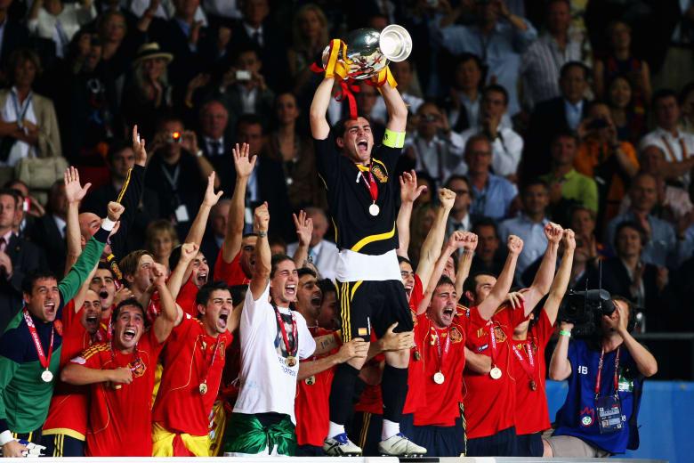 حكاية اليورو: نسخة عام 2008 بداية هيمنة إسبانيا على أوروبا