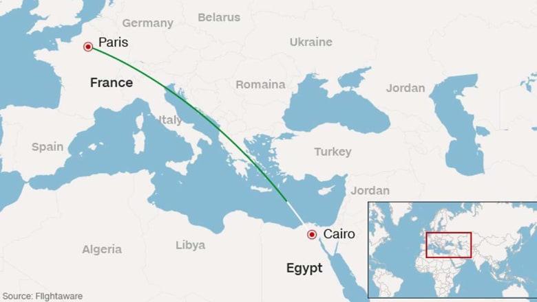 اختفاء طائرة مصرية تقل 66 شخصاً قادمة من باريس إلى القاهرة
