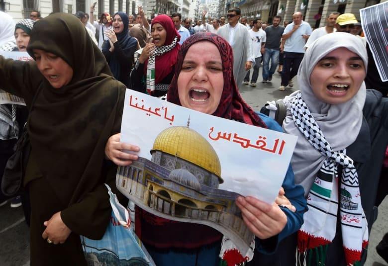 البرلمان الجزائري يسائل وزير الخارجية عن صحفي إسرائيلي دخل البلاد