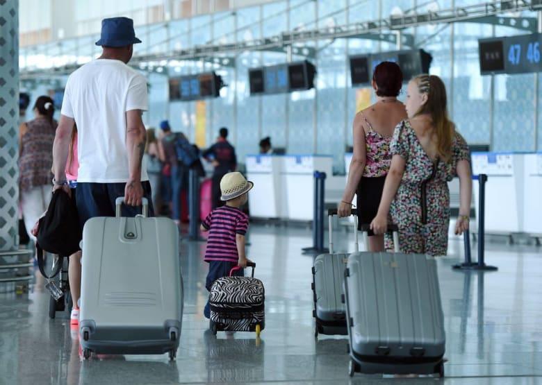 رغم التحذيرات.. آلاف السياح الروس يصلون تونس وتوقعات بارتفاع عدد رحلاتهم