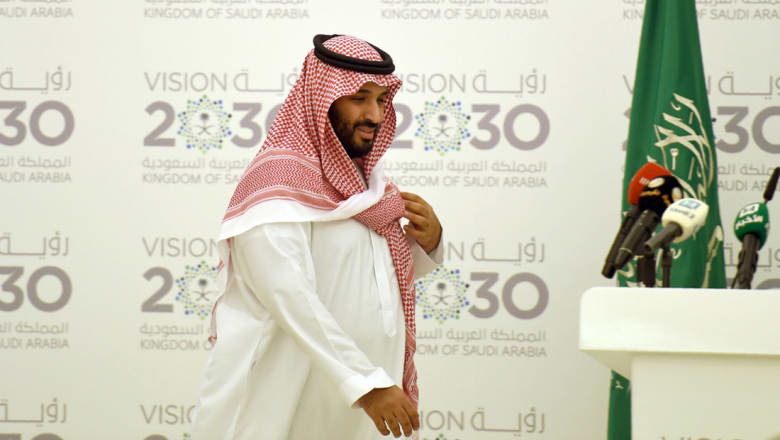اجتماعات أمنية وتجارية للأمير محمد بن سلمان في أمريكا ولقاء مع راين الرافض لحظر دخول المسلمين