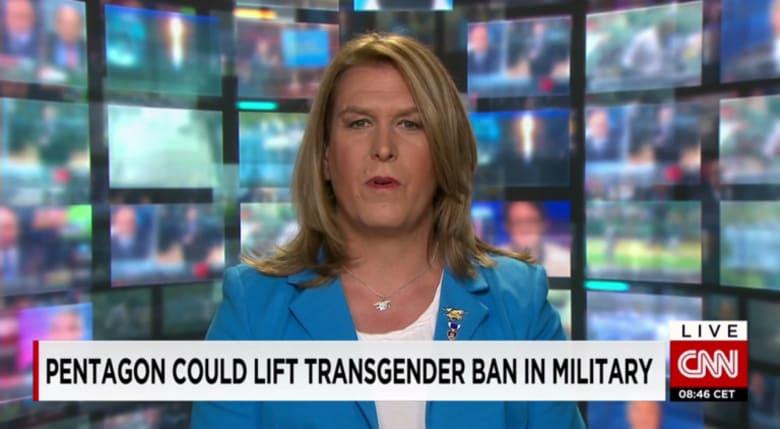 """قرار """"شبه نهائي"""" بالسماح للمتحولين جنسيا بالخدمة في الجيش الأمريكي"""