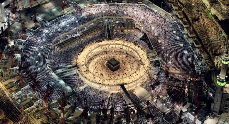 خطبتا العيد.. مكة: لا وسطاء مع الله.. وطهران: انقاذ ضحايا بمنى كان ممكنا