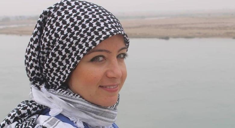 """""""بطلب من النظام"""".. مصادرة وثيقة سفر لمعارضة سورية بلندن"""