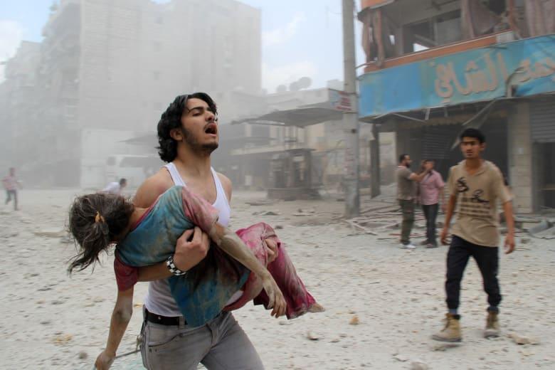 """كيف يستخدم النشطاء السوريون تطبيق """"WhatsApp"""" ليحكوا للعالم قصصهم؟"""