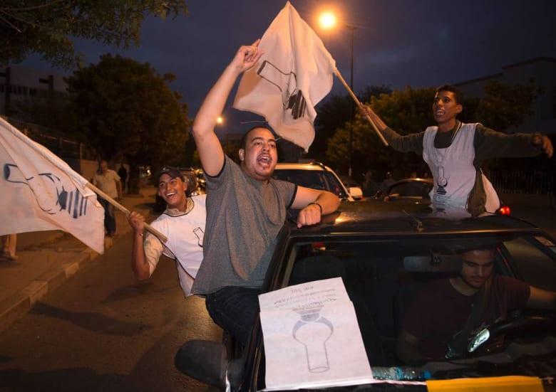"""لكريني: هذه أربعة أسباب ساهمت في فوز """"العدالة والتنمية"""" بالانتخابات المغربية"""