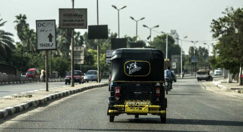 """رأي: أسئلة """"خريج التوك توك"""" دون إجابات مقنعة لحكومة مصر"""