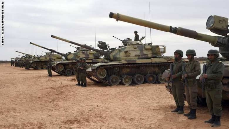 """تونس تستعين بخبراء عسكريين أجانب لمواجهة """"داعش"""" ومراقبة الحدود مع ليبيا"""