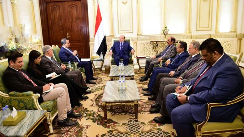 """هادي يرفض """"خارطة الطريق"""" الأممية: تكافئ الانقلابيين وتعاقب الشعب"""