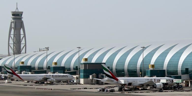 """بعد إغلاق مطار دبي للمرة الثالثة بسبب طائرة بدون طيار.. تعرف على """"صياد الطائرات"""""""