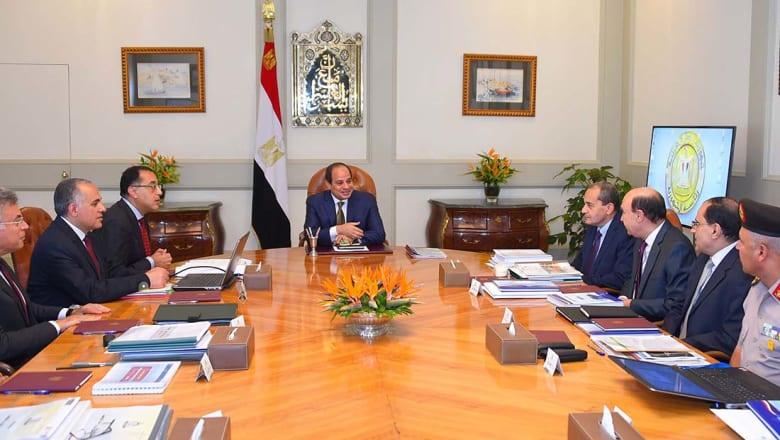 السلطات المصرية تسعى لمواجهة آثار قرارتها الاقتصادية