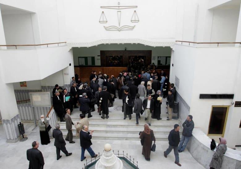 دعوات برلمانية في الجزائر لتغيير ألقاب عائلية تسيء لأصحابها