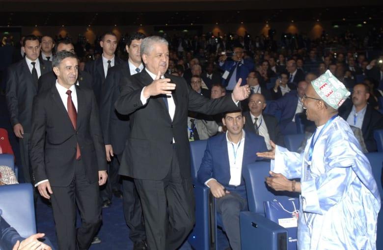 المنتدى الإفريقي للاستثمار.. هل حقق الإضافة للاقتصاد الجزائري أم خيّب التوقعات؟
