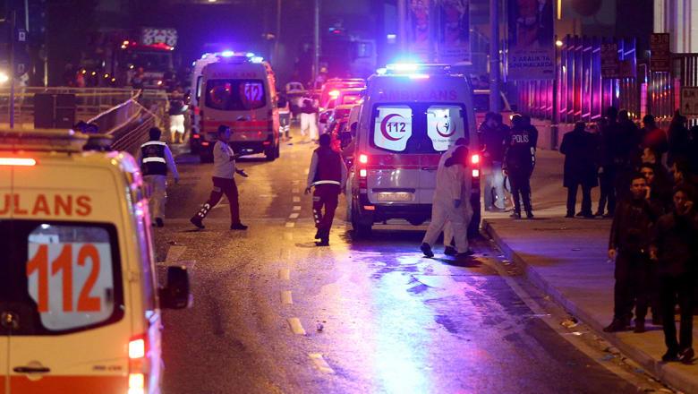 وزير الداخلية التركي: ارتفاع عدد المصابين في هجوم بشكتاش إلى 40 شخصا
