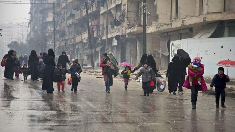 """القصف يتجدد على حلب ولافروف يتوقع """"انتهاء المقاومة"""" بعد يومين أو ثلاثة"""