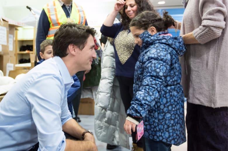 بعد حظر ترامب.. رئيس وزراء كندا يدعو اللاجئين الى بلاده