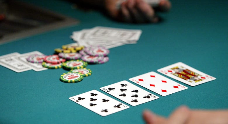 البشر يخسرون 1.7 مليون دولار ضد كمبيوتر بلعبة بوكر