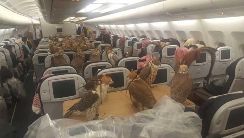 طائرة تتجه إلى السعودية..ستفاجئك هوية ركابها