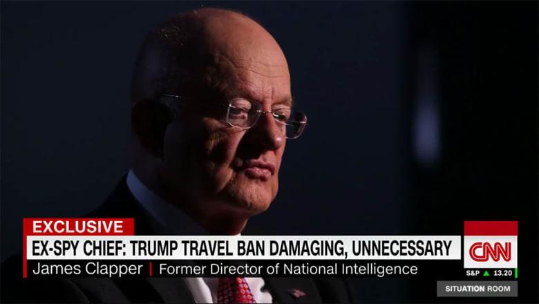 """كبير جواسيس أمريكا السابق يبين لـCNN ما يقلقه بـ""""حظر ترامب"""""""
