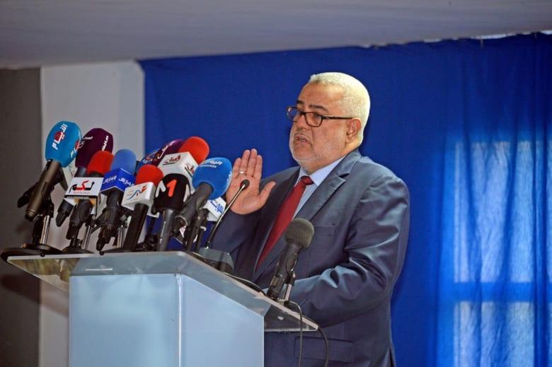 """بنكيران: الاتحاد الاشتراكي يعتمد مواقف متناقضة.. و""""الأحرار"""" يوقف تشكيل الحكومة"""